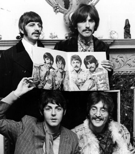 Harrison and Starr photo The Beatles Lennon L5233 McCartney NEW IMAGE!!