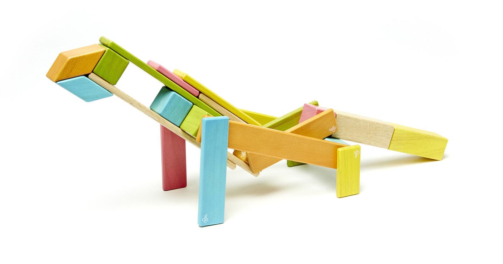 Magnetisches Holzset farbig 24-teilig Bauklötze TEGU Magnetbausteine Set