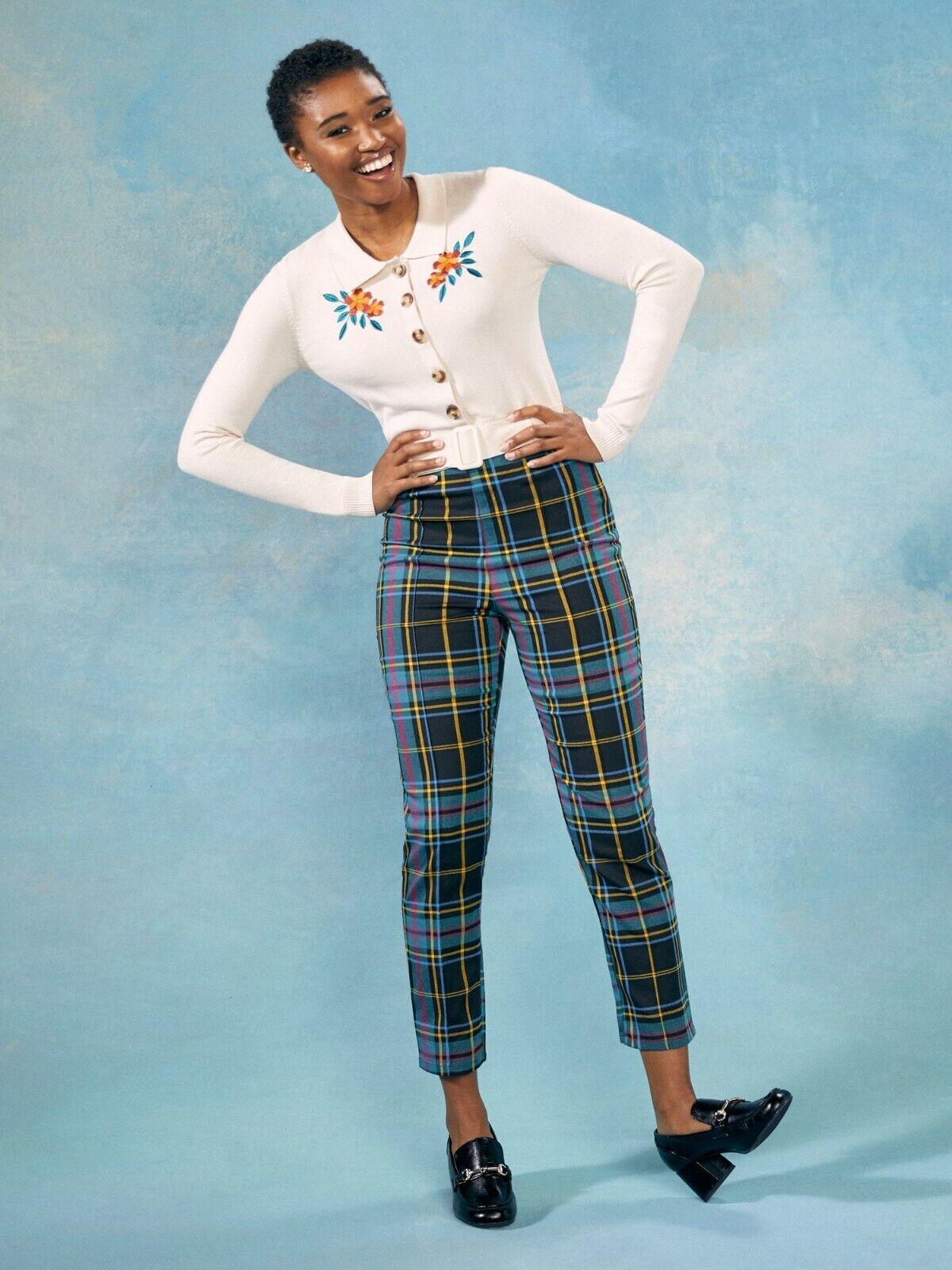 Collectif x Modcloth Bonnie Scholar Check Trousers Size 8 (XS)
