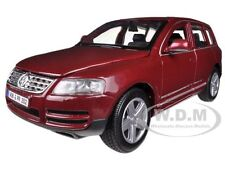 VOLKSWAGEN TOUAREG BURGUNDY 1/24 DIECAST CAR MODEL BY BBURAGO 22015