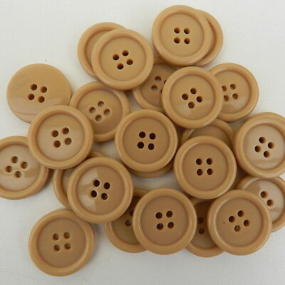 18mm 28L Light Brown Fawn Camel 4 Hole Craft Jacket Coat Buttons Knitting W451