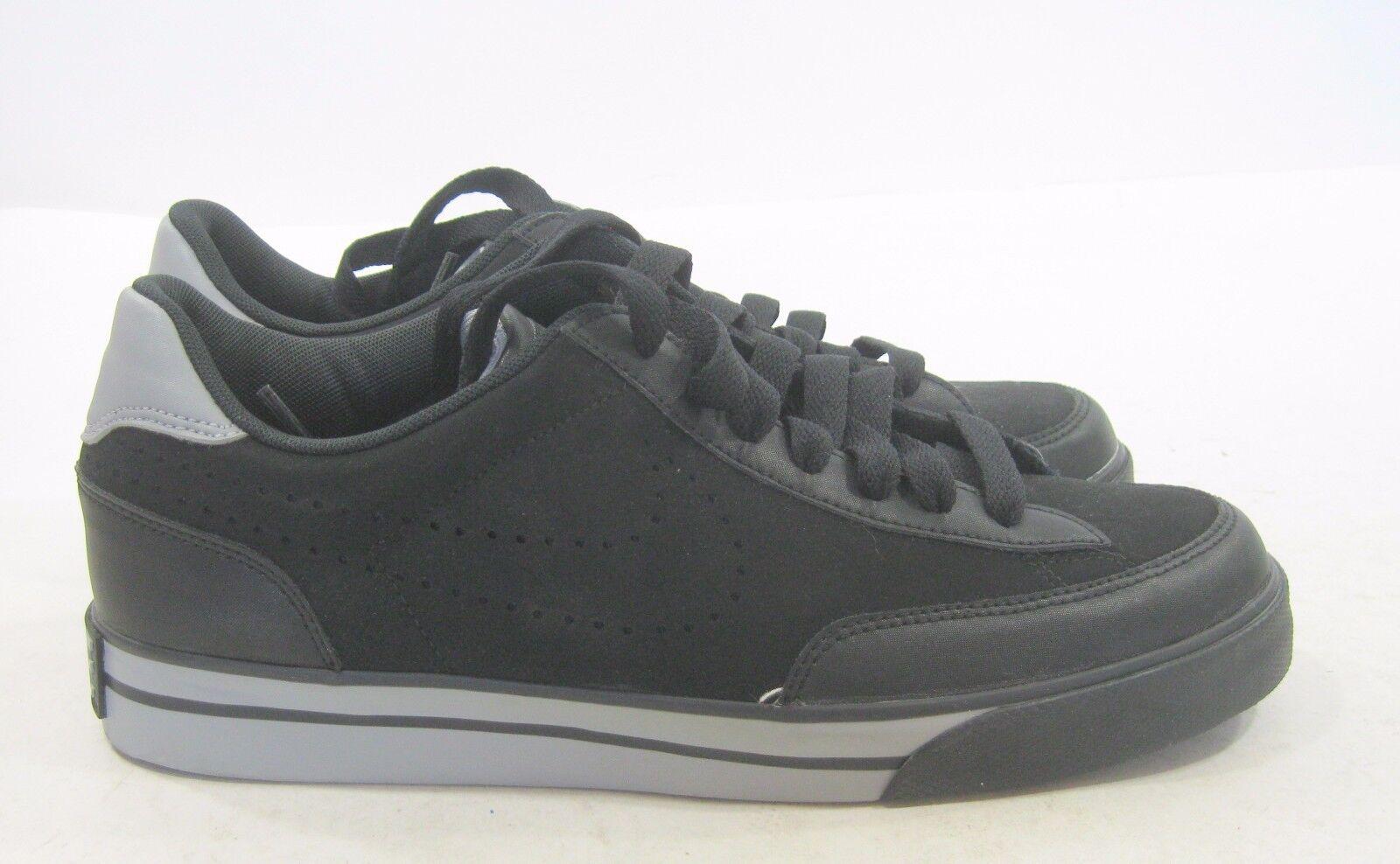 Nike Navaro Low 386587-005 Black/Black-Matte Silver Size 8.5