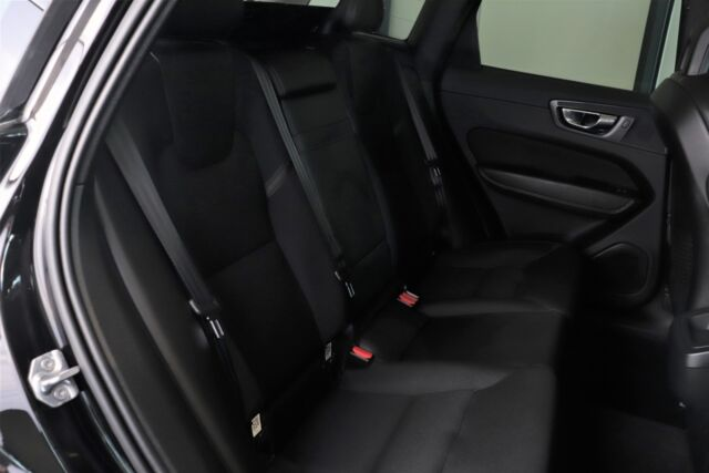 Volvo XC60 2,0 D4 190 Momentum aut. AWD