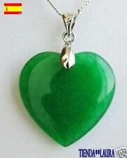 colgante mujer corazon verde jade en caja para regalo se envia desde Spain