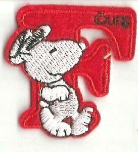 patch 5X2.5 cm SNOOPY alphabet lettre I rouge écusson brodé