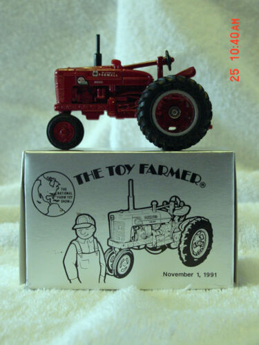 1991 TOY FARMER 1//43 INTERNATIONAL FARMALL M-TA DIESEL TRACTOR DIECAST