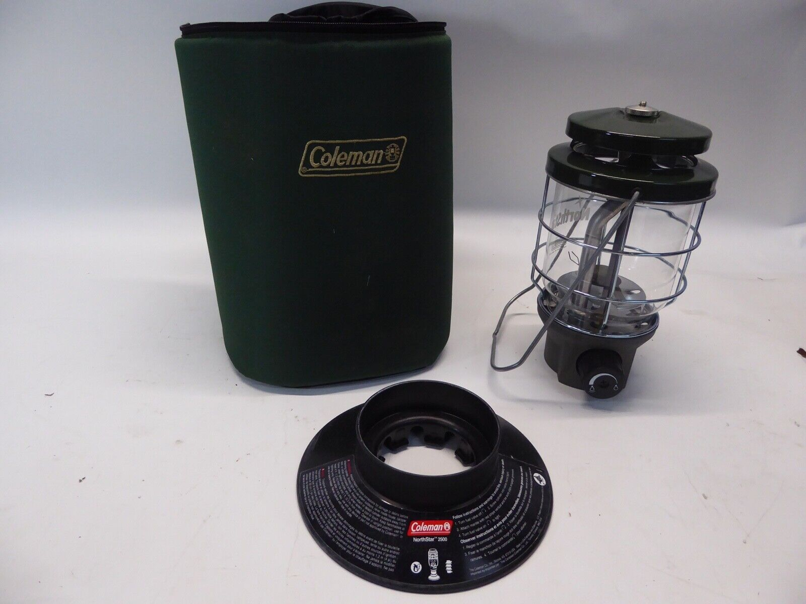 COLEMAN NORTHSTAR 2500 CAMPING LANTERN WITH SOFT CASE