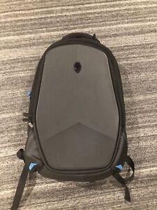 Alienware-17-034-Vindicator-2-0-Laptop-Backpack