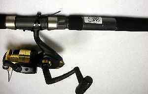 Shakespeare 1147639 Uglystik BWS70 Surf Spin Combo 7Ft 6285