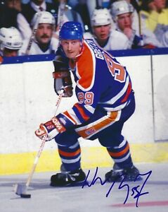 Wayne-Gretzky-Autographed-Signed-8x10-Photo-Oilers-HOF-REPRINT