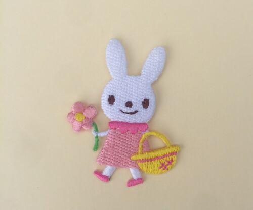 Bunny Con Flor De Hierro//Coser Parche Bordado Apliques Insignia