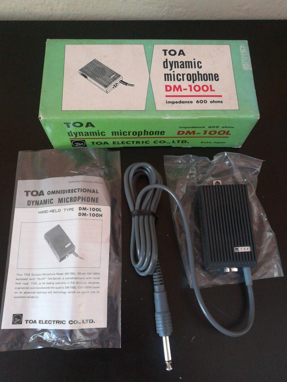 Toa Dynamic Microphone DM - 100K