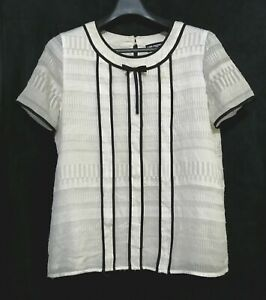 Karl-Lagerfeld-white-contrast-trim-bow-shortsleeve-top