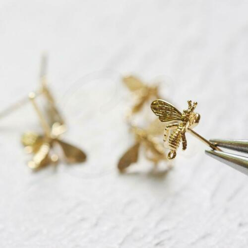 2 Pieces CW-4312C One Pair Bee 9x14mm Gold Plated Brass Base Earring Post