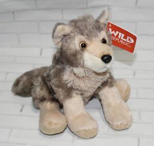 8f56b1377a8e Wild Republic WOLF 8
