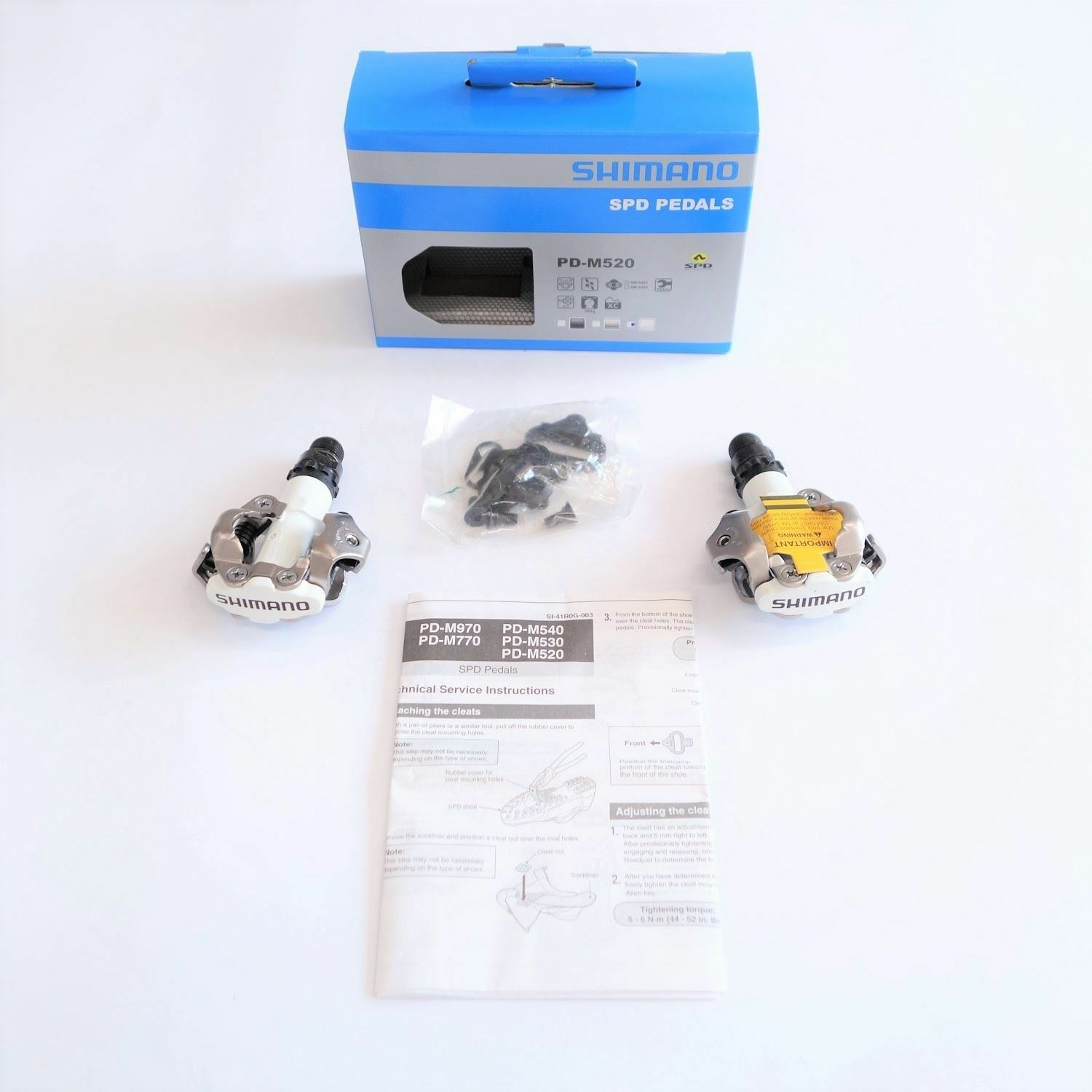 ALL NEW Shimano PD-M520W SPD MTB Clipless 9 16  Pedals W  SM-SH51 cleats White