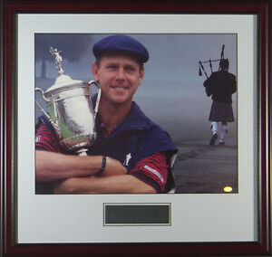 Payne-Stewart-Bag-Piper-Tribute-Framed-Golf-Photo-11x14-OR-16x20-1999-US-Open