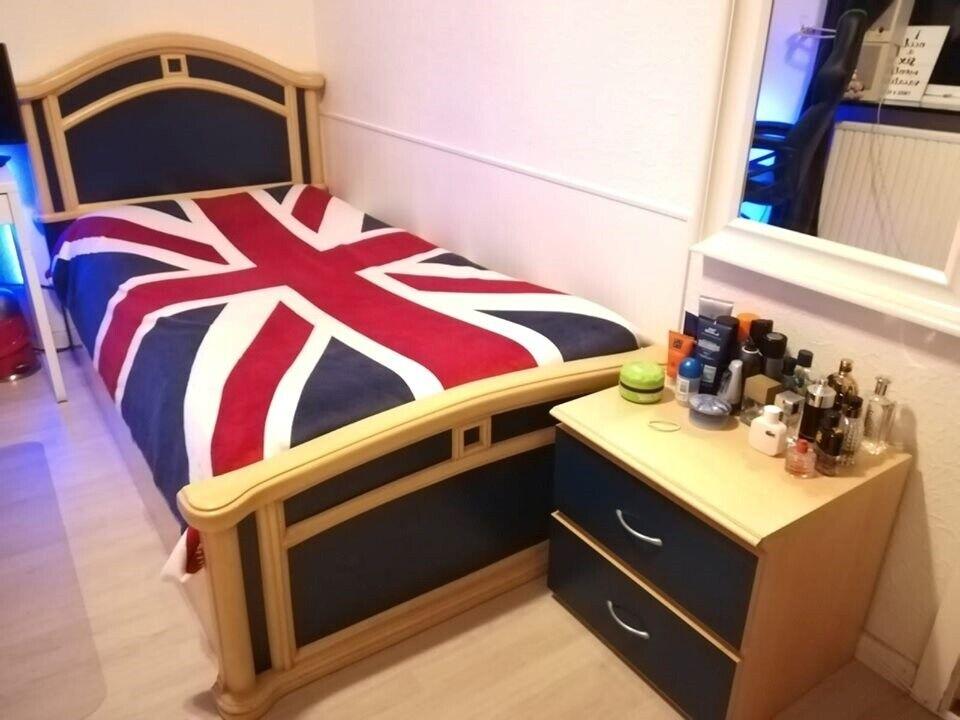 Enkeltseng, Italiensk seng, sengebord