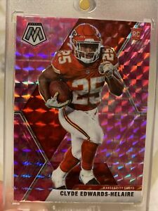 2020-Panini-Mosaic-Clyde-Edwards-Helaire-SSP-RC-Pink-Camo-Prizm-HOT-Card