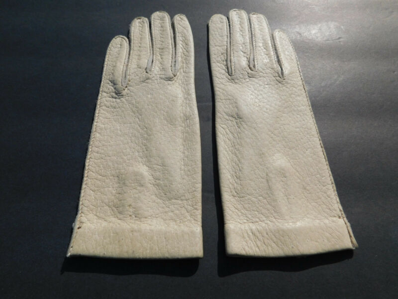 *designer Ladies Beige Leather Everyday Gloves Unlined Size 6 Good Companions For Children As Well As Adults