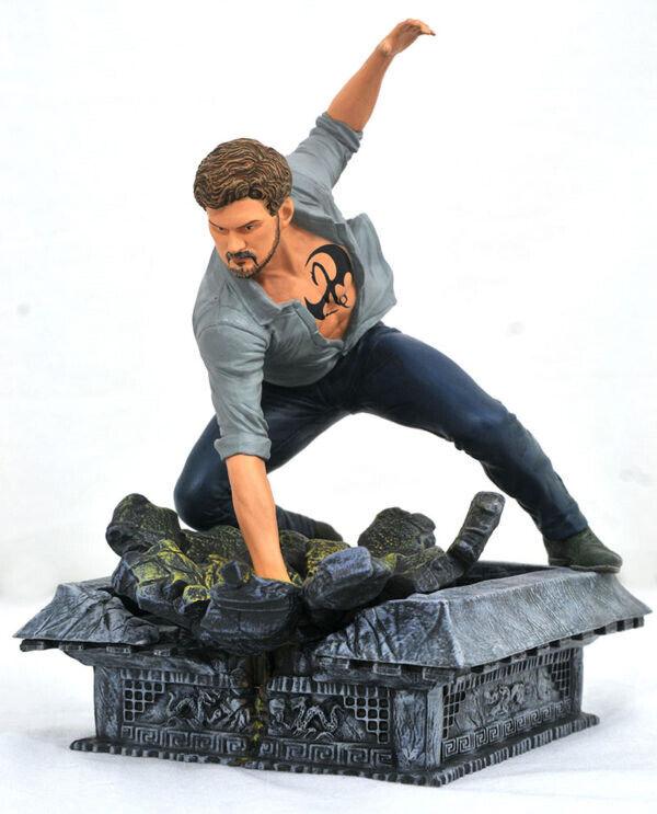 genuina alta calidad The Defenders Marvel TV Gallery statue Iron Fist Diamond Diamond Diamond Select  Envío y cambio gratis.