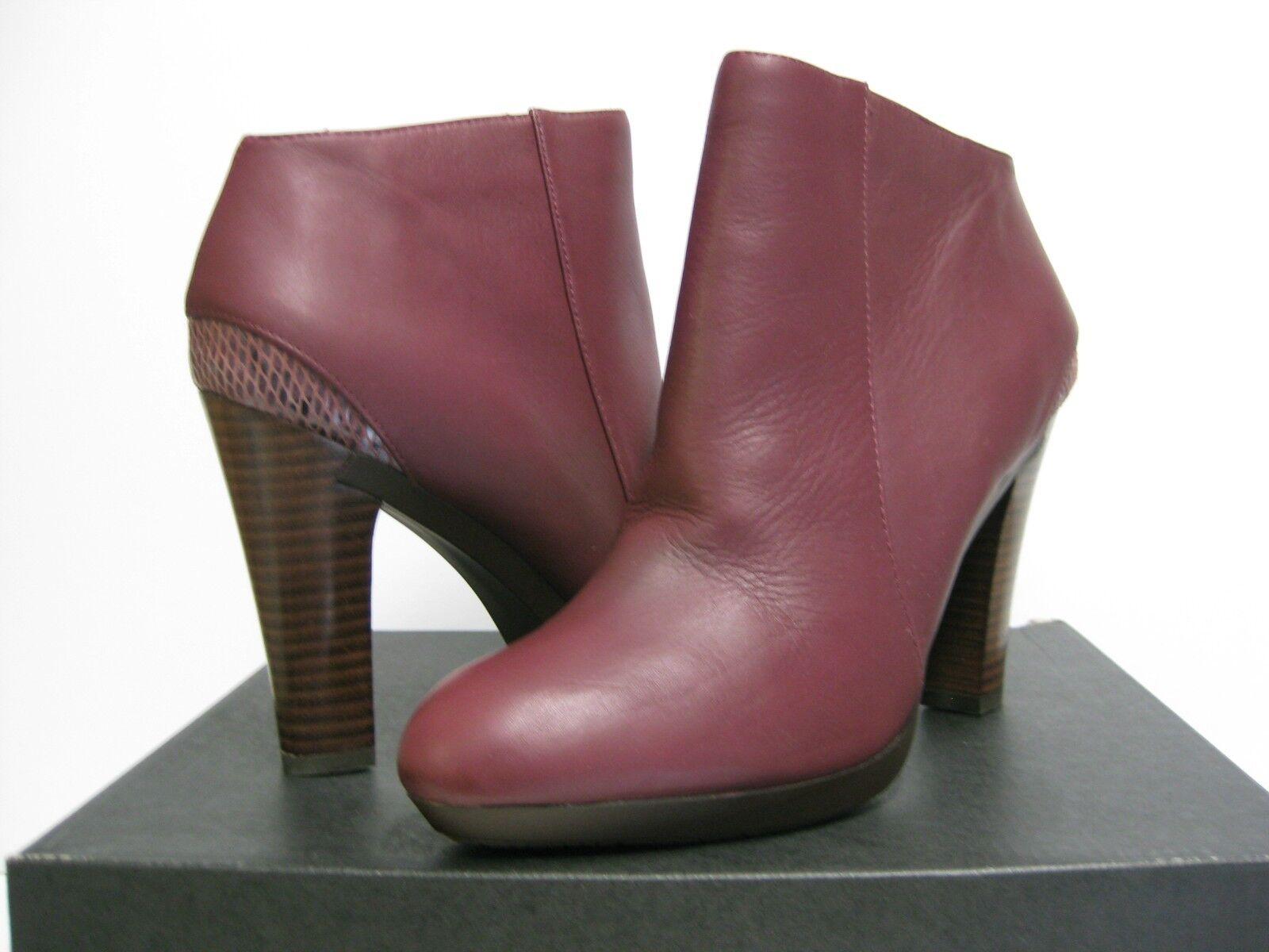 Tsubo Troian Sangria Women Heels US 10