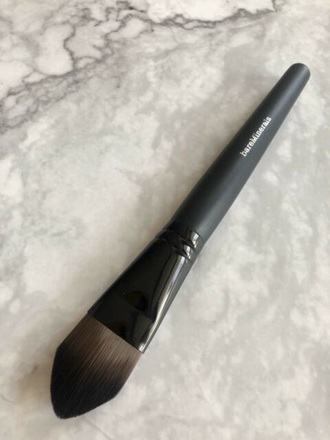 New BareMinerals COMPLEXION PERFECTOR BRUSH/Foundation Brush/Concealer Brush