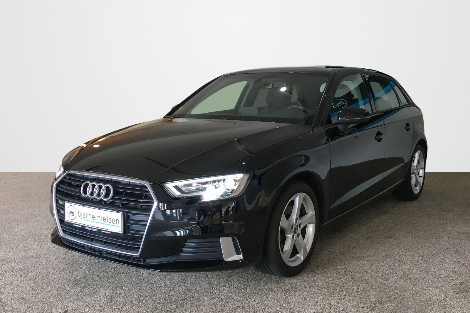 Audi A3 1,5 TFSi 150 Sport SB 5d - 237.800 kr.