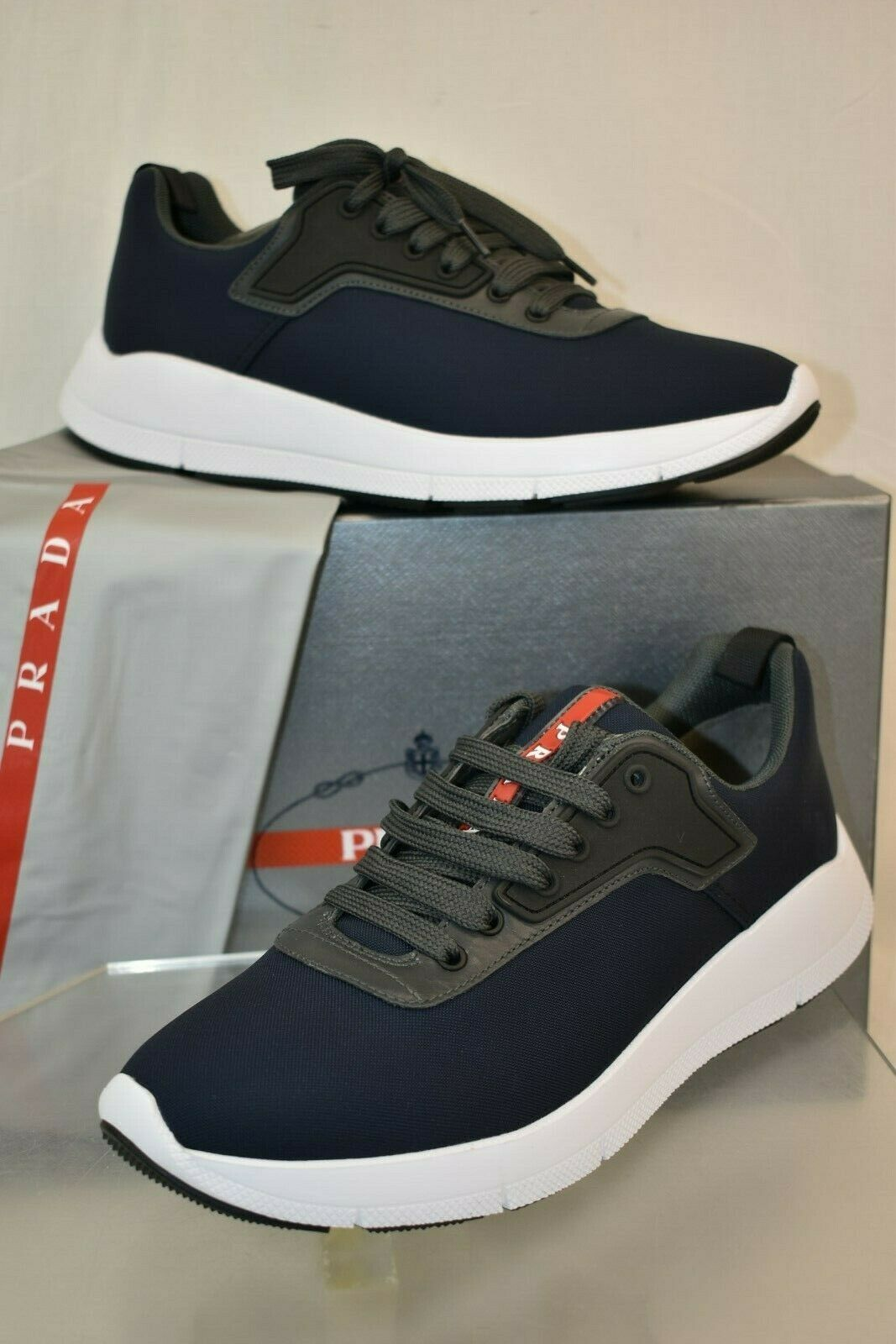 NIB PRADA MEN'S DARK NAVY NYLON TECH LACE UP LOGO SNEAKERS 7 US 8 4E3148