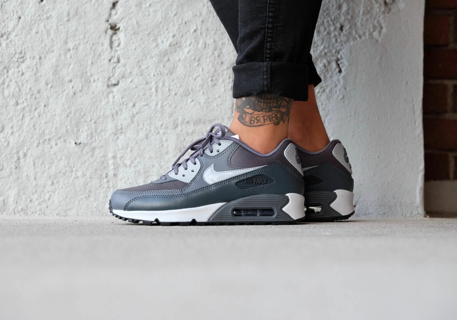 Nike Air Max 90 Essential Dark grey Wolf grey-Anthracite 616730-030 Wmn Sz 8