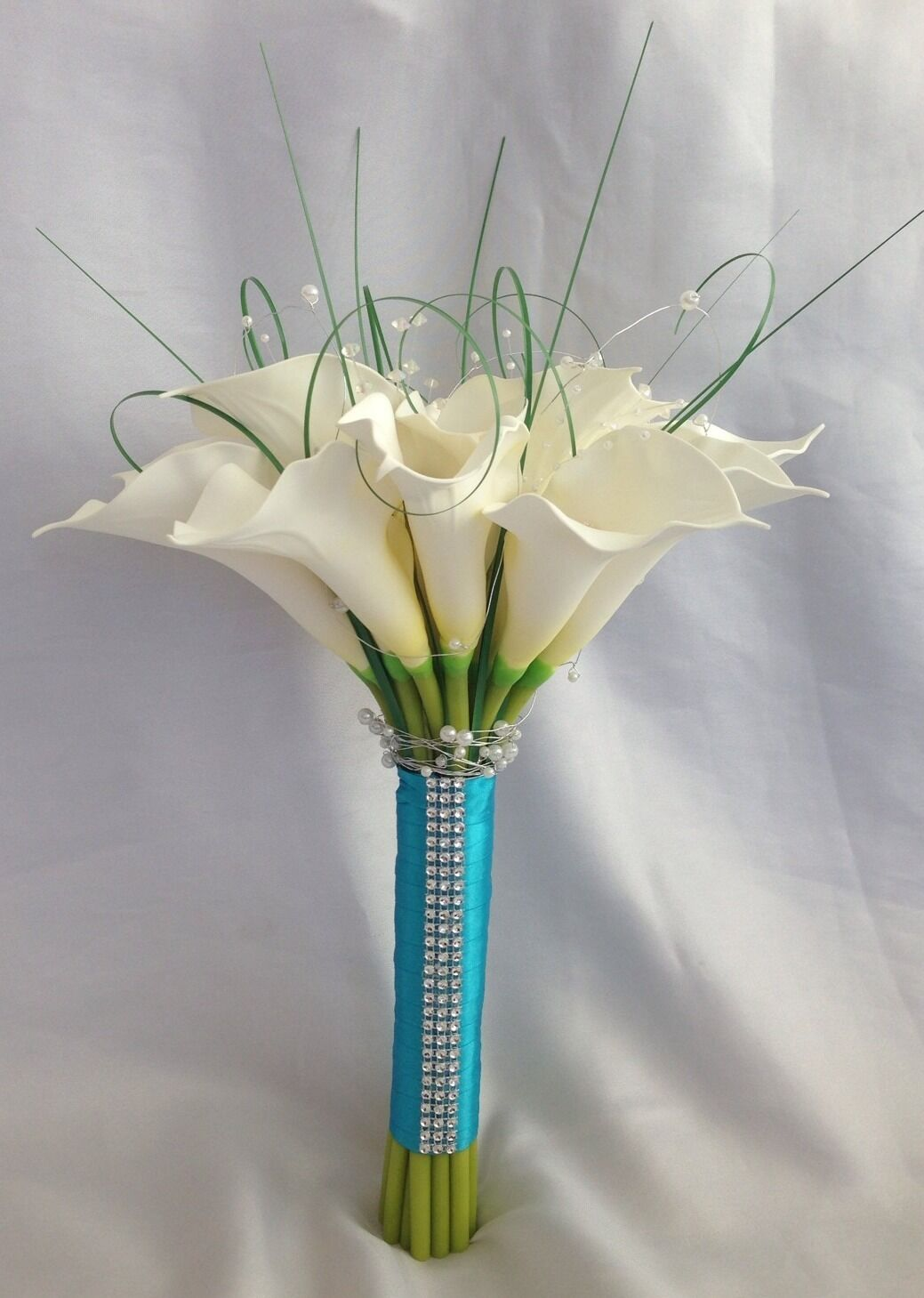 ARTIFICIAL IVORY CALLA LILY WEDDING BRIDE BOUQUET FLOWERS DIAMANTE PEARL