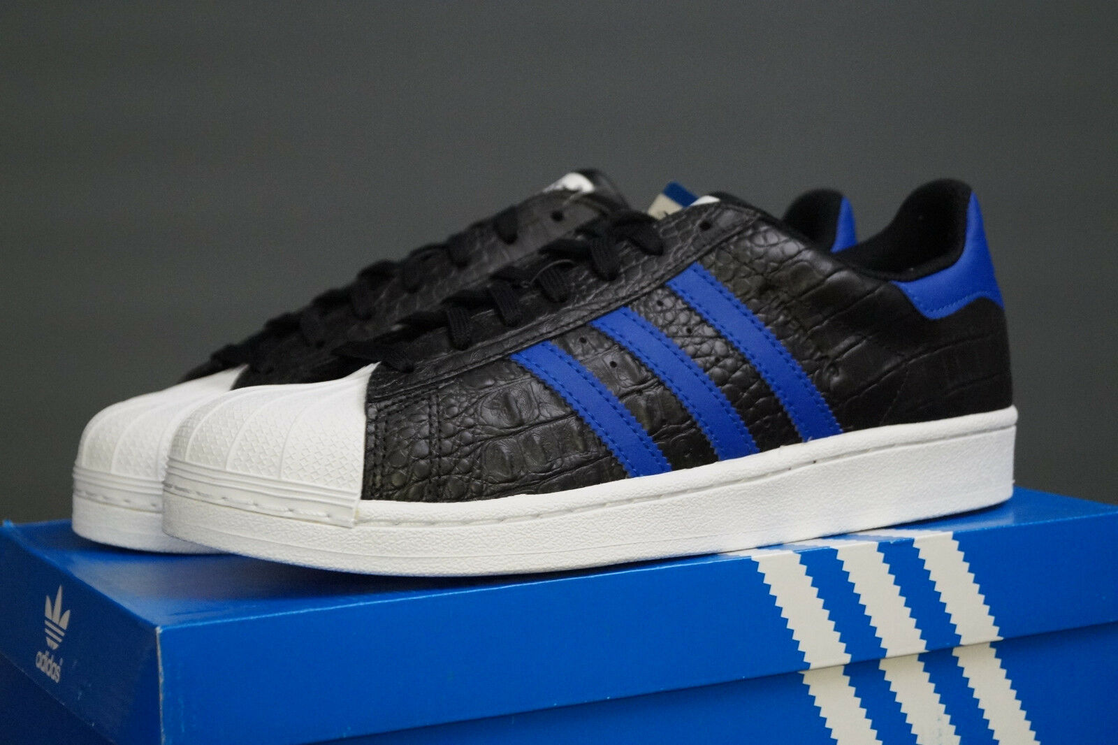 ADIDAS Originals Superstar UE 42 Nero Blu Uomo bz0196