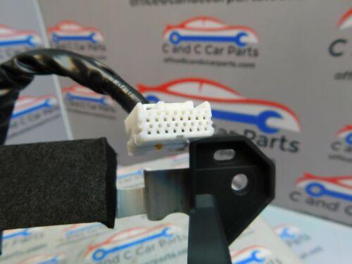 Nissan 370Z CD Player AC Panel Climate Control Radio Console 1EM6A 210430 T5B4
