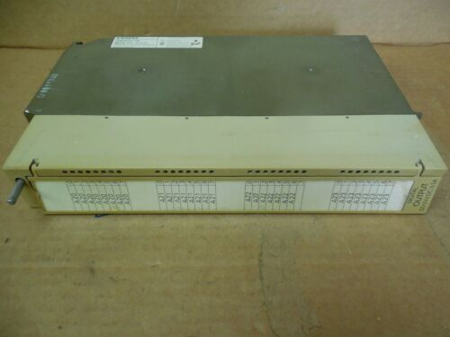 Siemens Digital Output 6ES5 451-7LA11 6ES54517LA11 24 VDC 0.5 A Amp Used