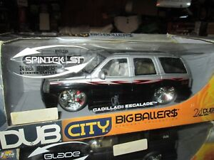 Dub-City-24-034-Jada-Toy-BIG-BALLERS-2002-Cadillac-Escalade-1-18-rare