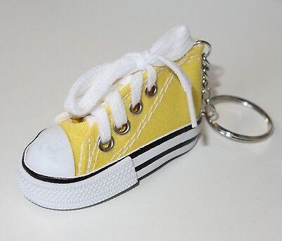 S100 - Schlüsselanhänger Taschenanhänger - NEU - Gelb Schuh Chucks Sneakers