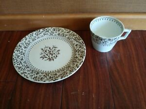 RARE-Antique-T-FURNIVALS-amp-SONS-BROWN-ALTON-PLATE-LARGE-COFFEE-CUP-ENGLAND