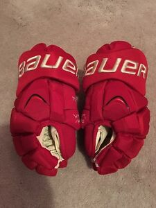 BAUER APX DETROIT RED WINGS WINTER CLASSIC NHL PRO STOCK