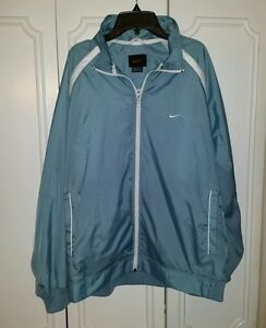 b00f667a0978 Women s NIKE Zip up Long Sleeve Rain Jacket Wind Breaker Size Large ...