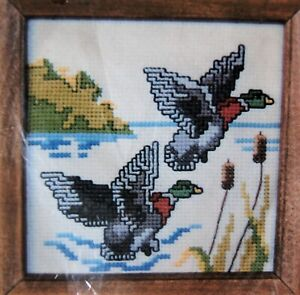 Caron-Counted-Cross-Stitch-Kit-034-Mallard-Ducks-034-6251-size-5-034-X-5-034-Vintage