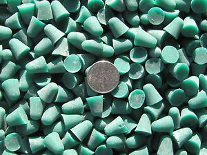 Plastic-Tumbling-Polishing-Media-2-Lb-3-8-X-3-8-Cones-X-General-Purpose