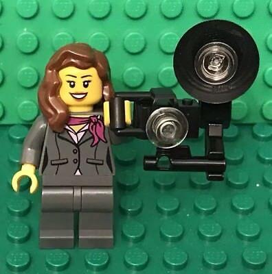 LEGO Photographer Minifigure w// Zoom Lens Camera Tripod Camera Man City Town