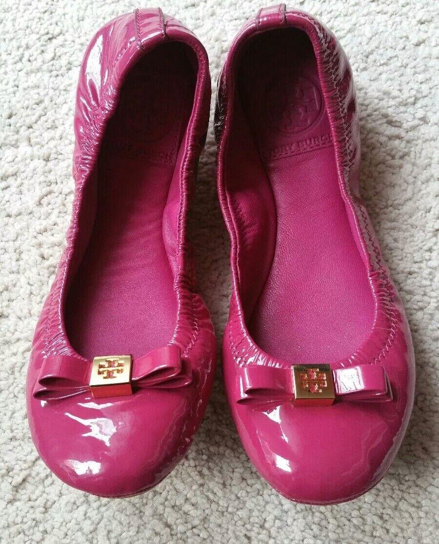 omaggi allo stadio Tory Burch Eddie Flats Bow Patent Patent Patent Leather Fuchsia Dimensione 5  shopping online di moda