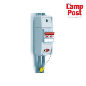 Hager Vc02sw 100 A Dp Alimentation électrique Compteur Boîte Interrupteur Isolateur-rec2s-afficher Le Titre D'origine Beau Travail