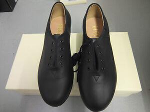 eb1bc763 La imagen se está cargando Negro-Zapatos-De-Tap-Bloch-Jazz-con-talon-