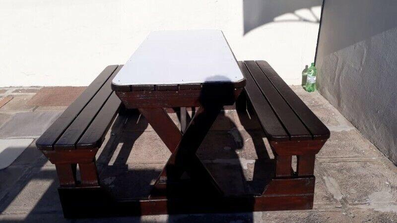 Heavy-duty mahogany picnic outdoor table and benches