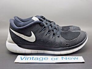 188ecc70d951 Nike Free 5.0 Black Anthracite White Running Shoes GS 644428-001 sz ...