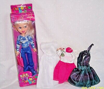 "Shoes :bratz Look Alike : 3+ Yrs Fashion Doll 9-1/2"" White Boots To Adopt Advanced Technology 3 Dresses"