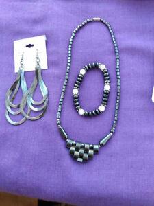 Vintage-Hematite-Necklace-Hematite-Bracelet-amp-Black-Metal-Cabachon-Earrings-Set