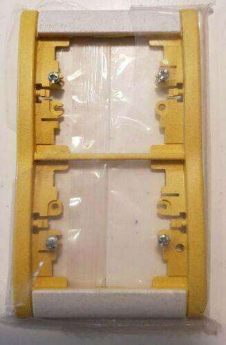 PLAQUE double verticale LEGRAND SAGANE Silex Miel jaune 85051 NEUF